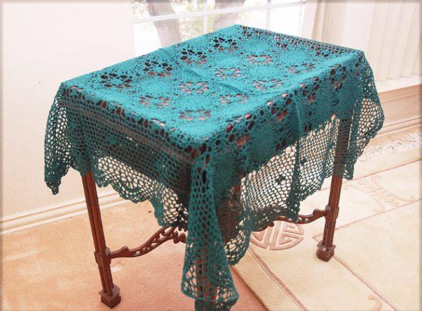 hunter green color crochet topper